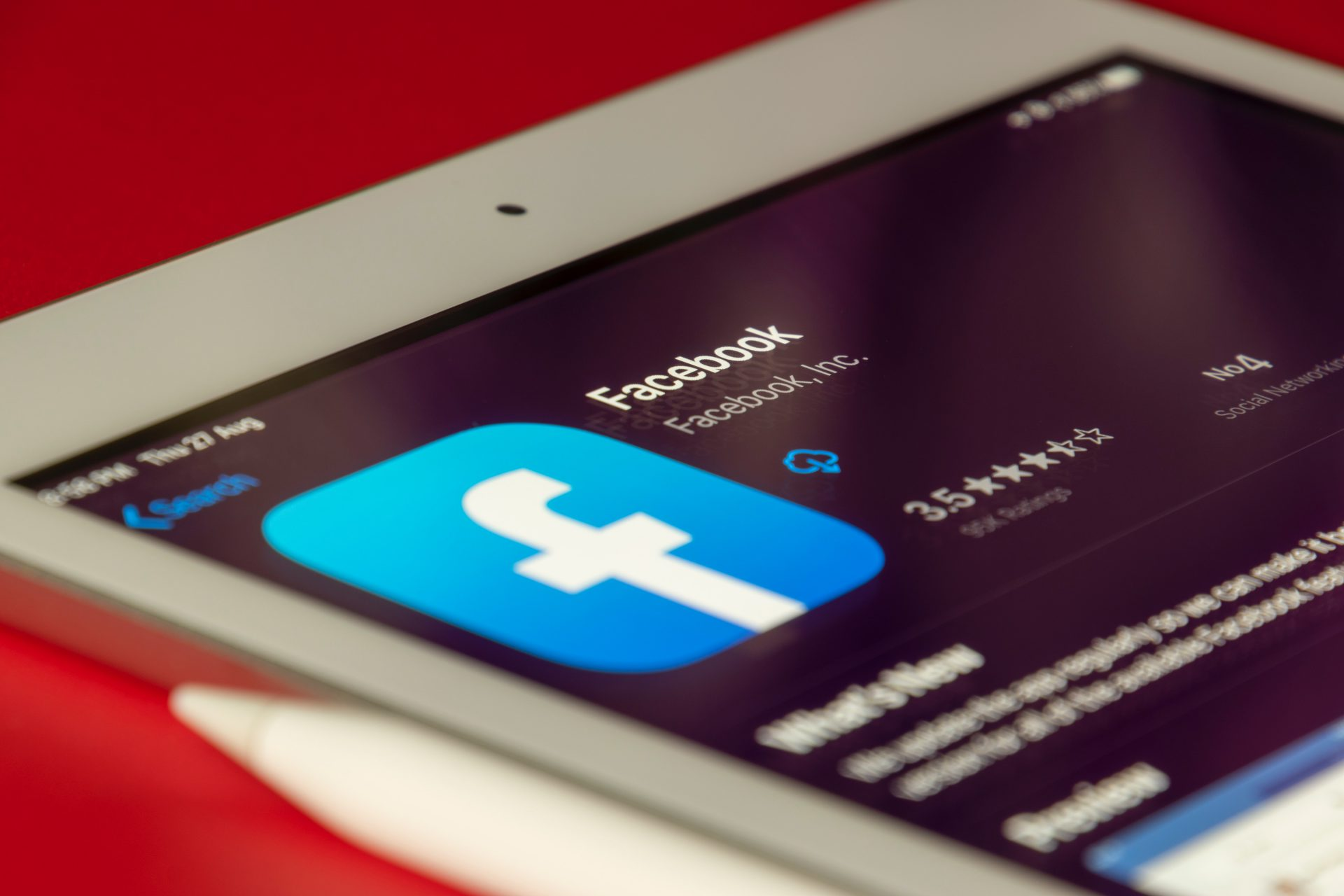 Top Facebook Updates You Can't Miss To Know